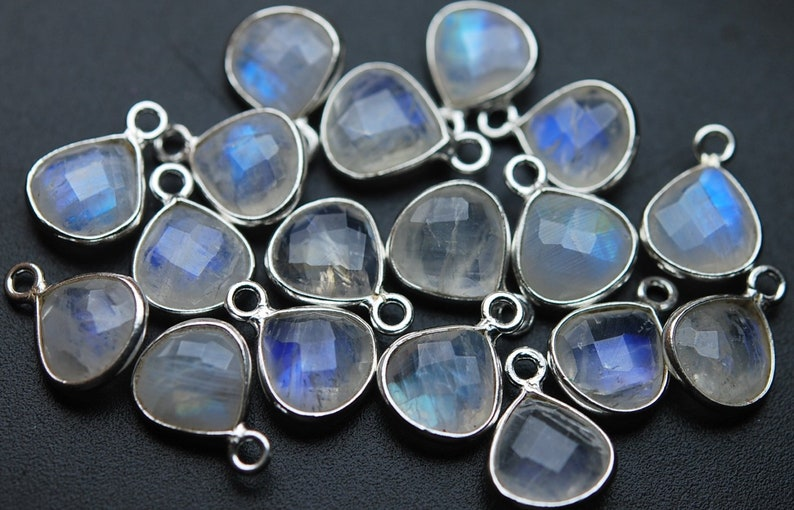 925 Sterling Silver,Rainbow Moonstone Faceted Heart Shape Pendant 6 Piece Of 15mm Approx