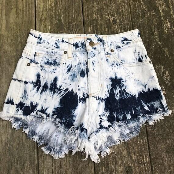 Vintage Guess High Rise Beach Dipped Shorts