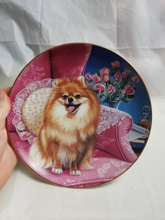 Puppy Dog Cute Pomeranians Porcelain Plate w// Display Stand