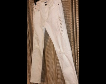 430b82f5870b5 American Eagle 31/34 Slim Fit White Ripped Jeans