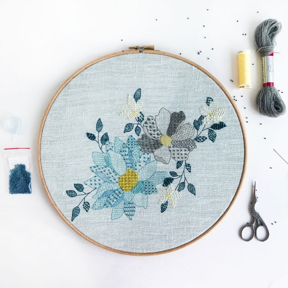 Blue Floral Embroidery Kit, Flower Needlecraft Kit, Modern Embroidery Kit, Hoop Art Embroidery Project, Hand Sewing Pattern, Home Craft DIY