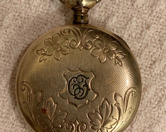 Just 0s Waltham Pocket Watch Porcelain Dial 1007 Matching In Colour Jewelry & Watches Antique