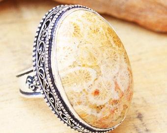 6f4ebe22c7c4f2 925 argento Sterling placcato Fossil Corallo pietra preziosa vintage design  anello bel design taglia US 8