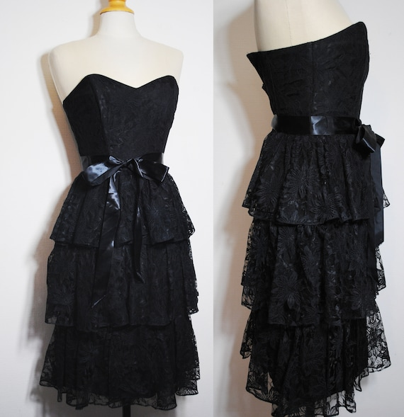 black lace tiered dress 80s does victorian straple