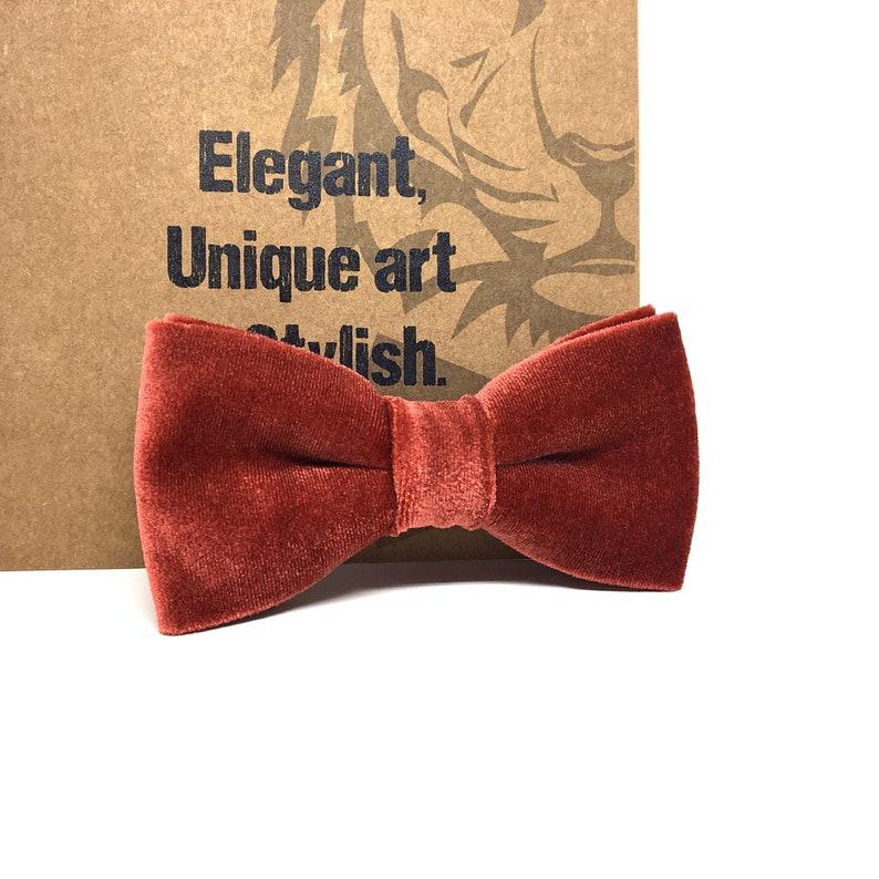 Crimson velvet bow tie Groomsmen bow tie Wedding bow tie Groom bow tie Ring bearer bowtie Crimson bow tie Bow ties for men