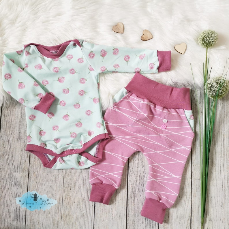 enchanting set of bodysuit and baggypants in size 68
