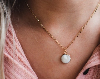 Dainty Gold Necklace for Bridesmaid/ Dainty Bridesmaid Necklace/ Dainty Gold Charm Necklace/ Bridesmaid Jewelry/ Simple Gold Necklace