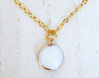 Shell Necklace/ Shell Necklace for Women/ Shell Necklace Gold/ Bridesmaid Necklace Gift/ Bridesmaid/ Jewelry for Bride/ Dainty Necklace