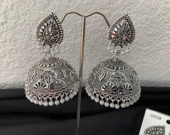 28f369e21 Very beautiful Silver Jhumkas