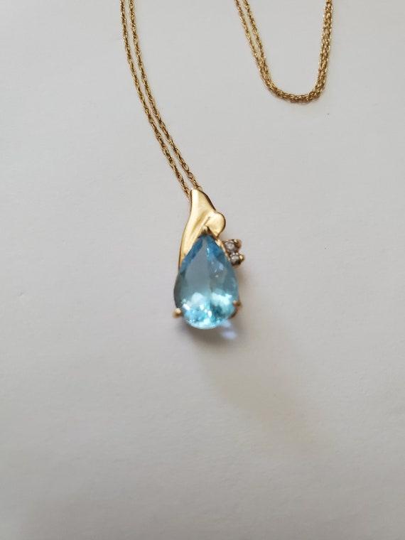 Vintage 14k aquamarine necklace / aquamarine penda