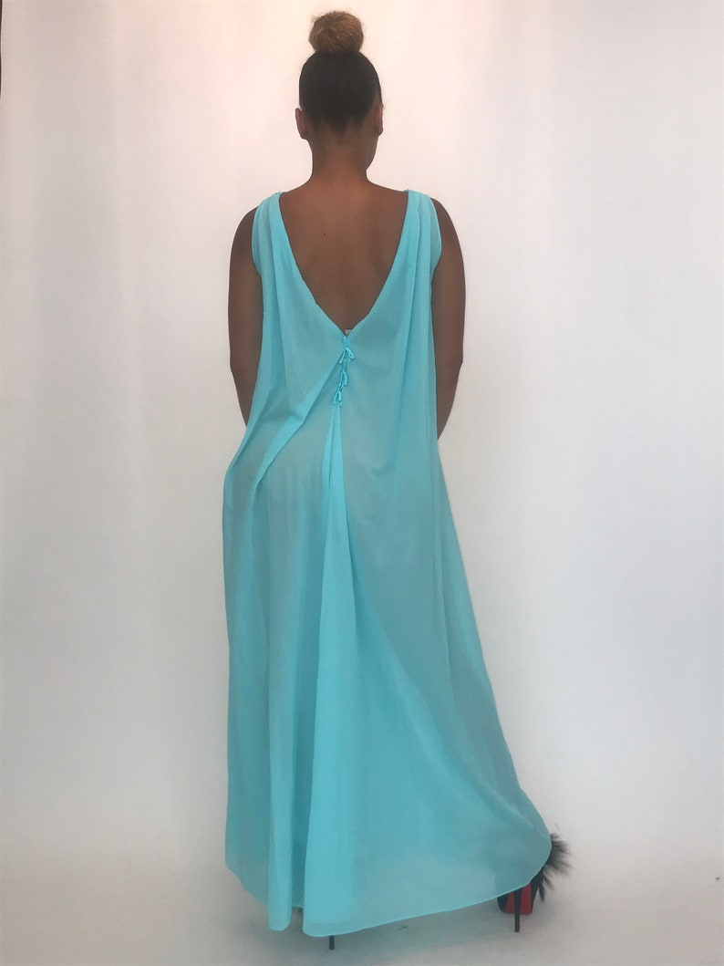 Glamorous RARE turquoise PEIGNOIR Nightgown Robe Set!