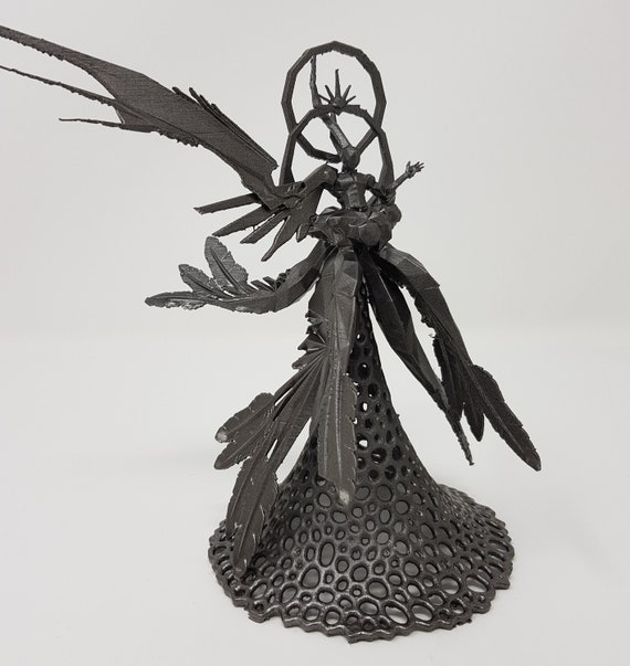 Safer Sephiroth Figurine