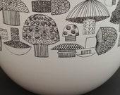 ViNtAgE Kaj Franck Arabia Finel Mushroom Bowl