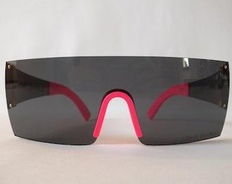 a2e5516b04b33 Sunglasses graffiti Stephen Sprouse Louis Vuitton pink