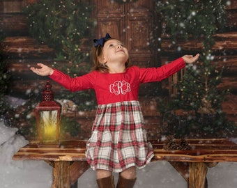 LIttle girl vintage Christmas ointment dress girl size 5. Free Shipping