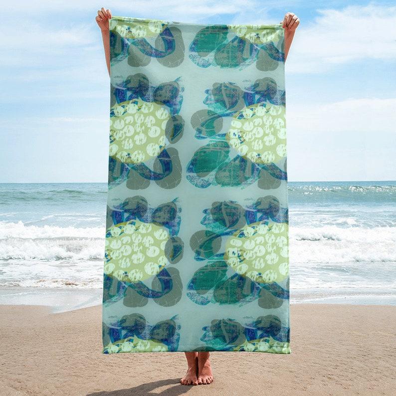 MAGNOLIA BEACH TOWEL / Beach Towel / Bath Towel / Yellow & image 0