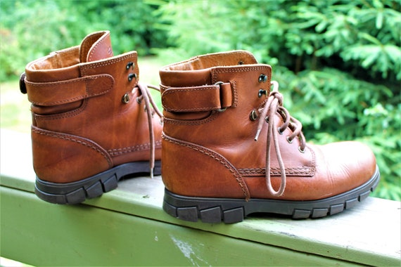 Brown vintage shoes boots leather grunge unisex me