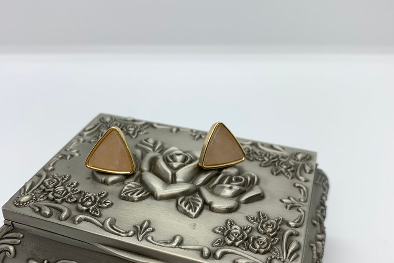 Gold tone stud earrings with natural stone triangle stone earrings triangle shape stud earrings