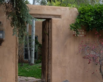 An inviting courtyard in the Acequia Madre district of Santa Fe