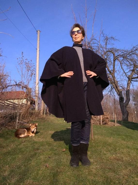 """Vintage 70""""s wool black cape coat. Weinberg Paris"""