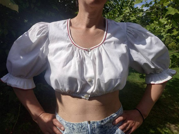 True vintage dirndl blouse. White cotton dirndl cr