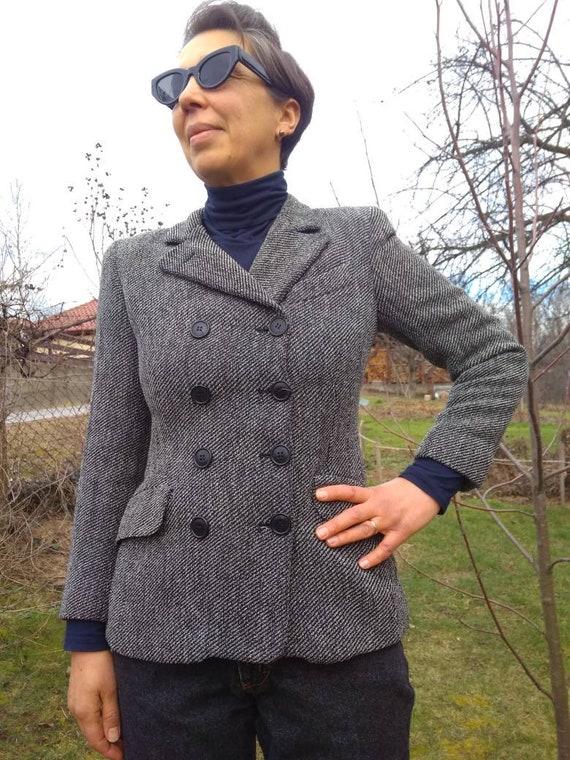 Vintage 90s does 40s blazer. Cantarelli Italian do