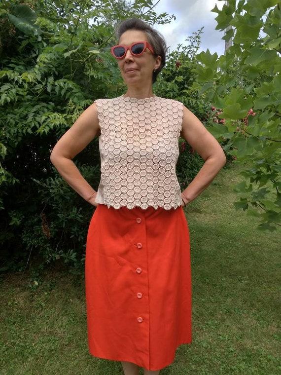 Vintage 50's style sleeveless beige blouse. Eyelet