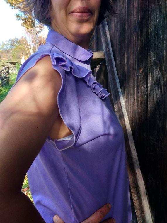 Vintage 70s lilac sleeveless ruffled blouse. M si… - image 4