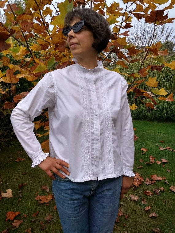 French antique womans white cotton blouse with han