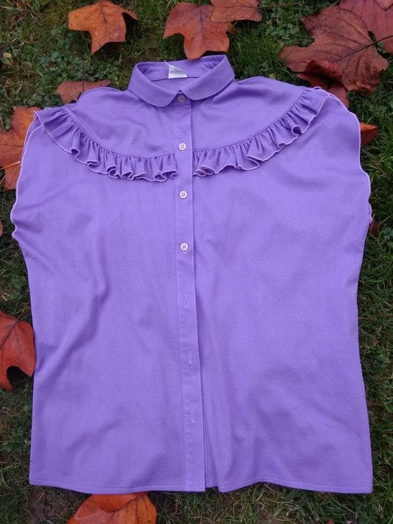 Vintage 70s lilac sleeveless ruffled blouse. M si… - image 2