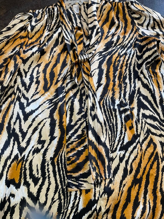 Lucie Ann Beverly Hills Tiger Print Caftan/House … - image 4