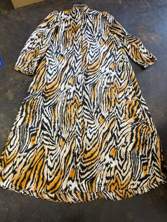 Lucie Ann Beverly Hills Tiger Print Caftan/House … - image 1