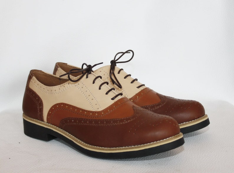 65f25f116049c Three Tone Hand Crafted Oxford Wingtip Leather Wedding Dress Brogues Shoes  With Ultra Comfortable Eva Sole