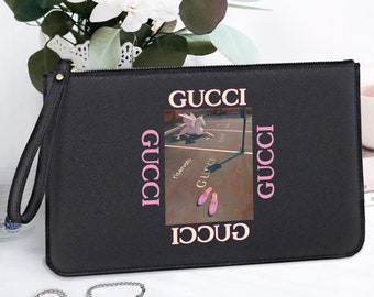 af2b9425baf Gucci Clutch Bag Women Boutique Shopping Bag Personalized Makeup Pouch  Cosmetic Zipper Pouch Gucci Teenager Saffiano Italian Leather FS0048