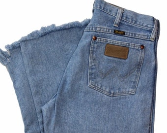 2f890c92 30 Waist | Wrangler Light/Medium Wash High Waisted Mom Vintage Jeans USA  Made