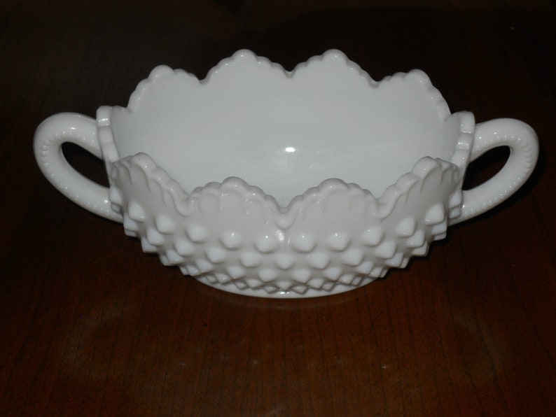 Unsigned Fenton Hobnail Milk Glass Oval Nut Dish Open Handle