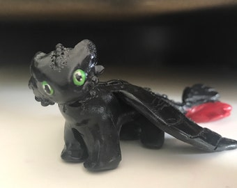 How to Train Your Dragon Disney/'s TOOTHLESS French Feves Miniature Figurine