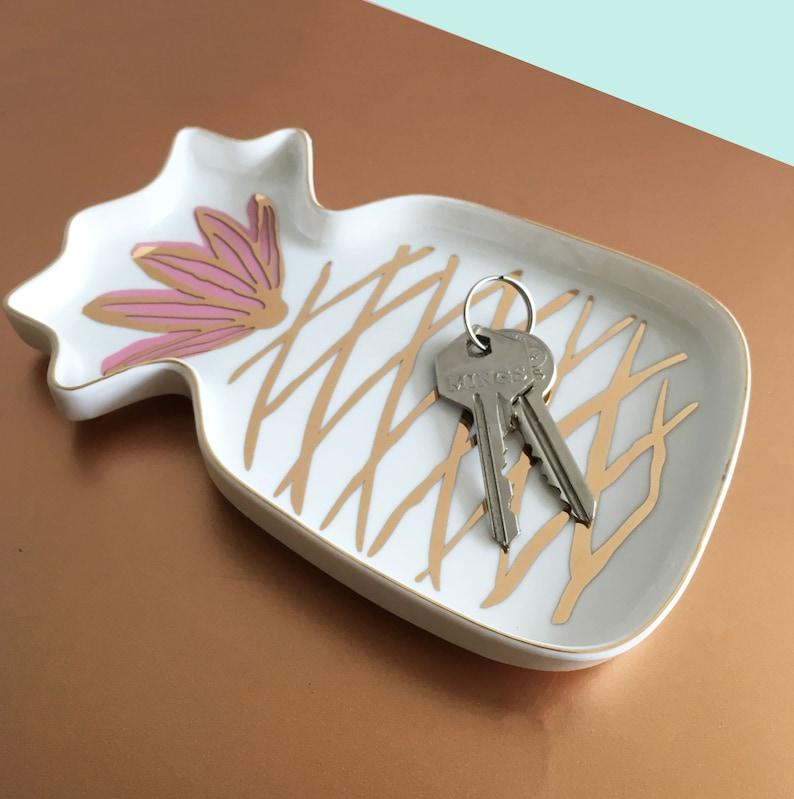 Birthday Anniversary Gift Wedding Ring Gold Pink Jewelry Key Dish Room Decor Small Plate Pineapple Ring Holder
