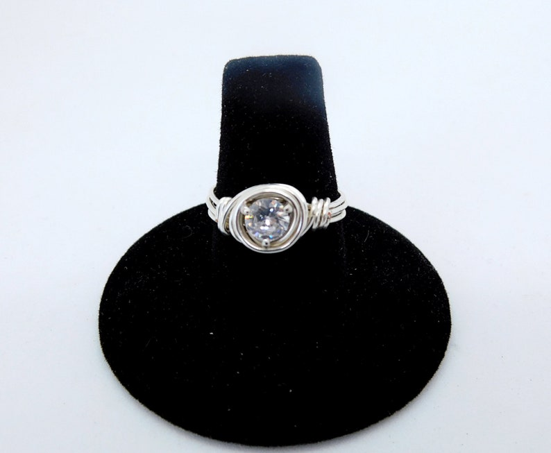 Gift For Her Woman/'s Wedding Anniversary Jewelry 1.25CT Round Cut Moissanite Diamond Wire Wrapped Silver Ring Solitaire Ring Engagement