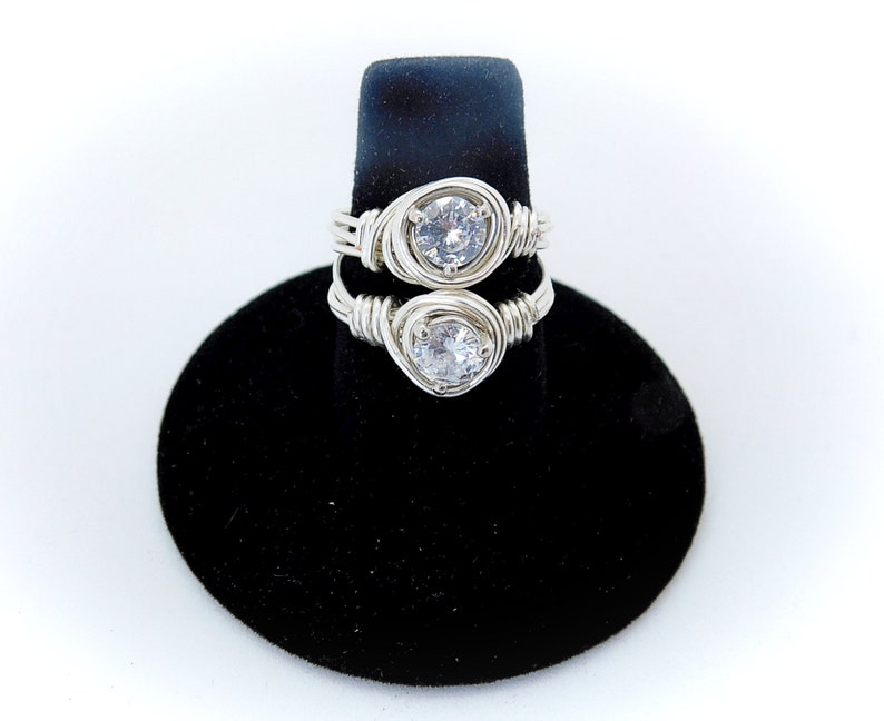 1.25CT Round Cut Moissanite Diamond Wire Wrapped Silver Ring Engagement Boho Solitaire Ring Woman/'s Wedding And Anniversary Jewelry
