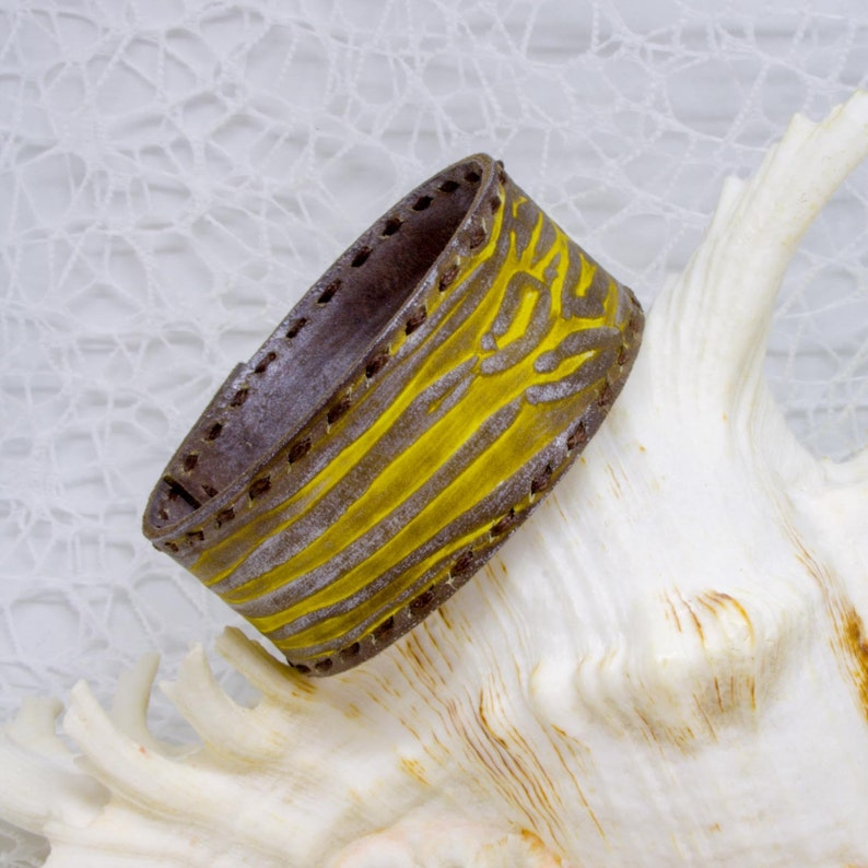Mens Leather Bracelet Hand Painted Bracelet for Men Unisex Jewelry Mens Gift Ideas Husband Birthday Gift for Dad Ideas for him Unique Gifts
