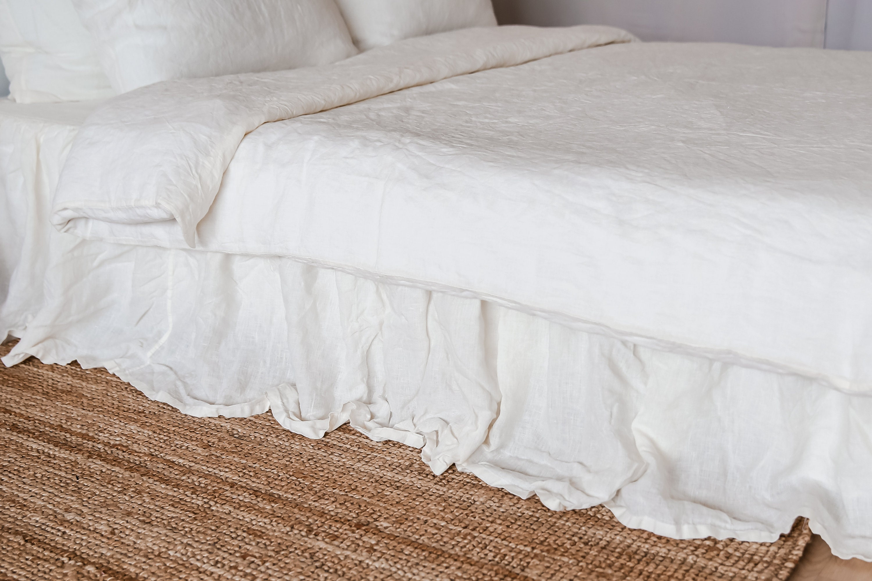 Jupe de lit en lin à volants - Jupe de drap de lin cadeau de la mère - Jupe de lit lavée organique - Shabby Chic - Reine, Roi, Twin, Full, California King