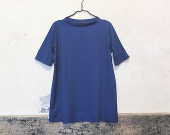 Shirt Goya with crossed submarine neckline in dark blue and circular pattern