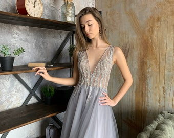 5bf31b5aef43 Gray Tulle Wedding Guest Dress Deep V Open Back Evening Dress Beaded Sequin  Illusion Lace Prom Dress Wedding Guest Gown