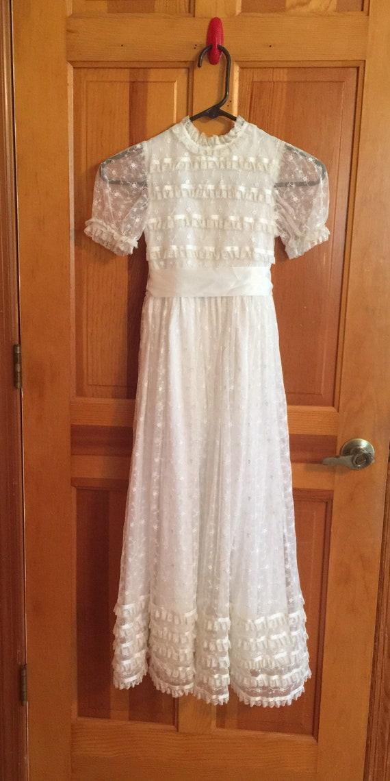 1970s Girls Dress White Lace