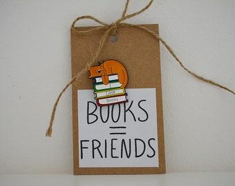 "Reader pin ""I Love Books"""
