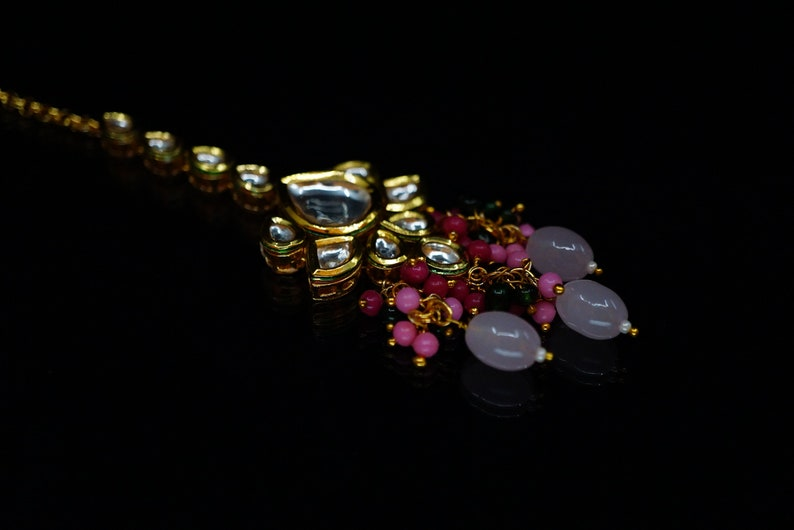 Indian Bridal Kundan Necklace Set with matching Maang Tikka and Kundan Earrings