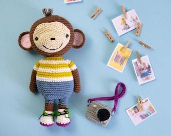JOHNNY THE MONKEY - Amigurumi Pattern | Crochet monkey, Crochet ... | 270x340
