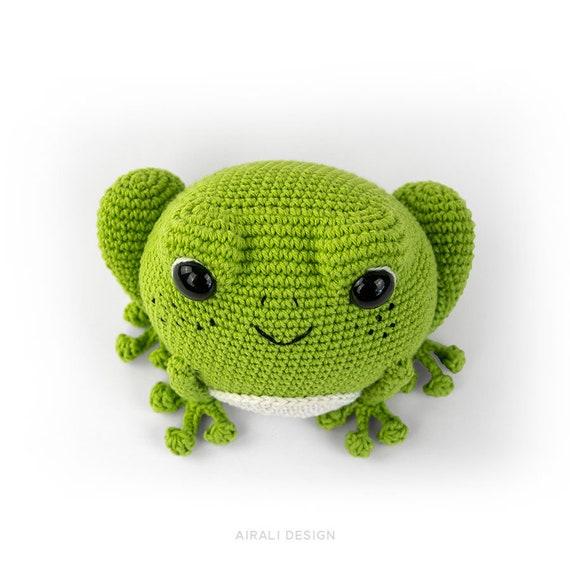 Crochet Frog Prince amigurumi pattern - Amigurumi Today | 570x570