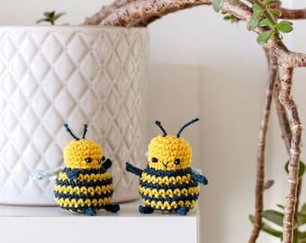 BB the Bee | Amigurumi Crochet PDF pattern | small amigurumi with no-sewing required!